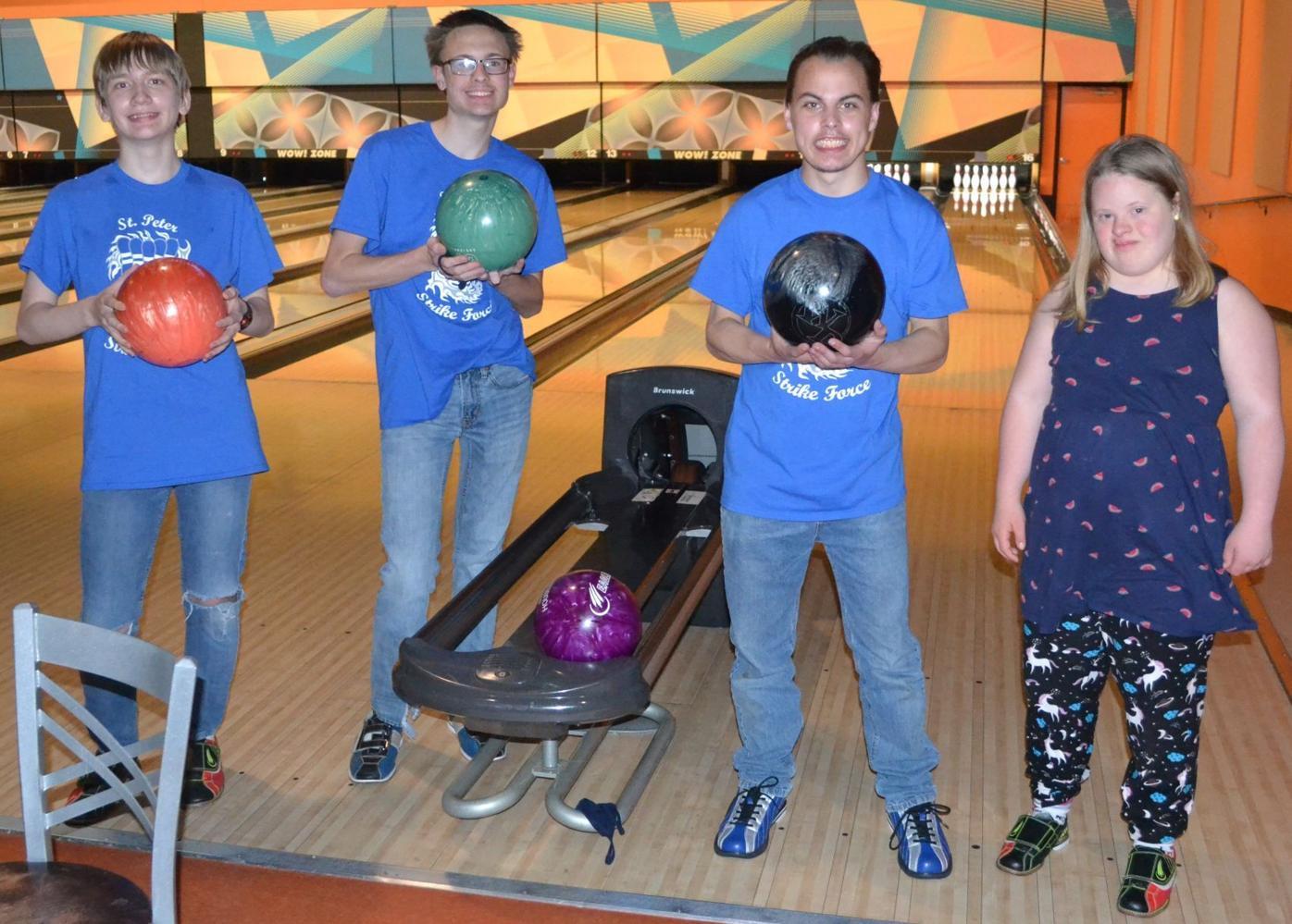 Adapted bowling team.jpg