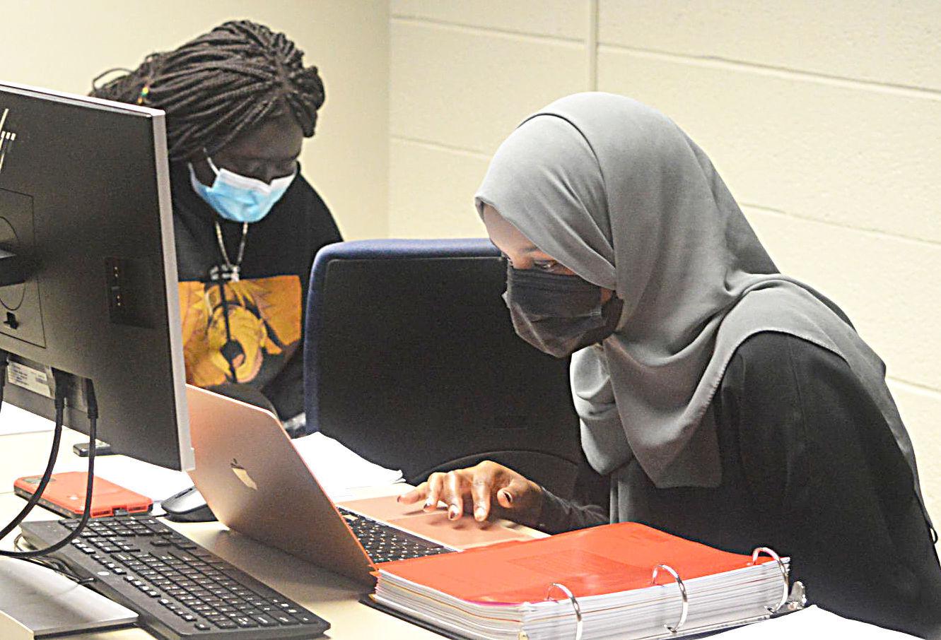 SCC lab students
