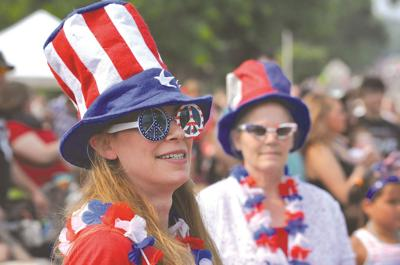 Patriotic parade-goers