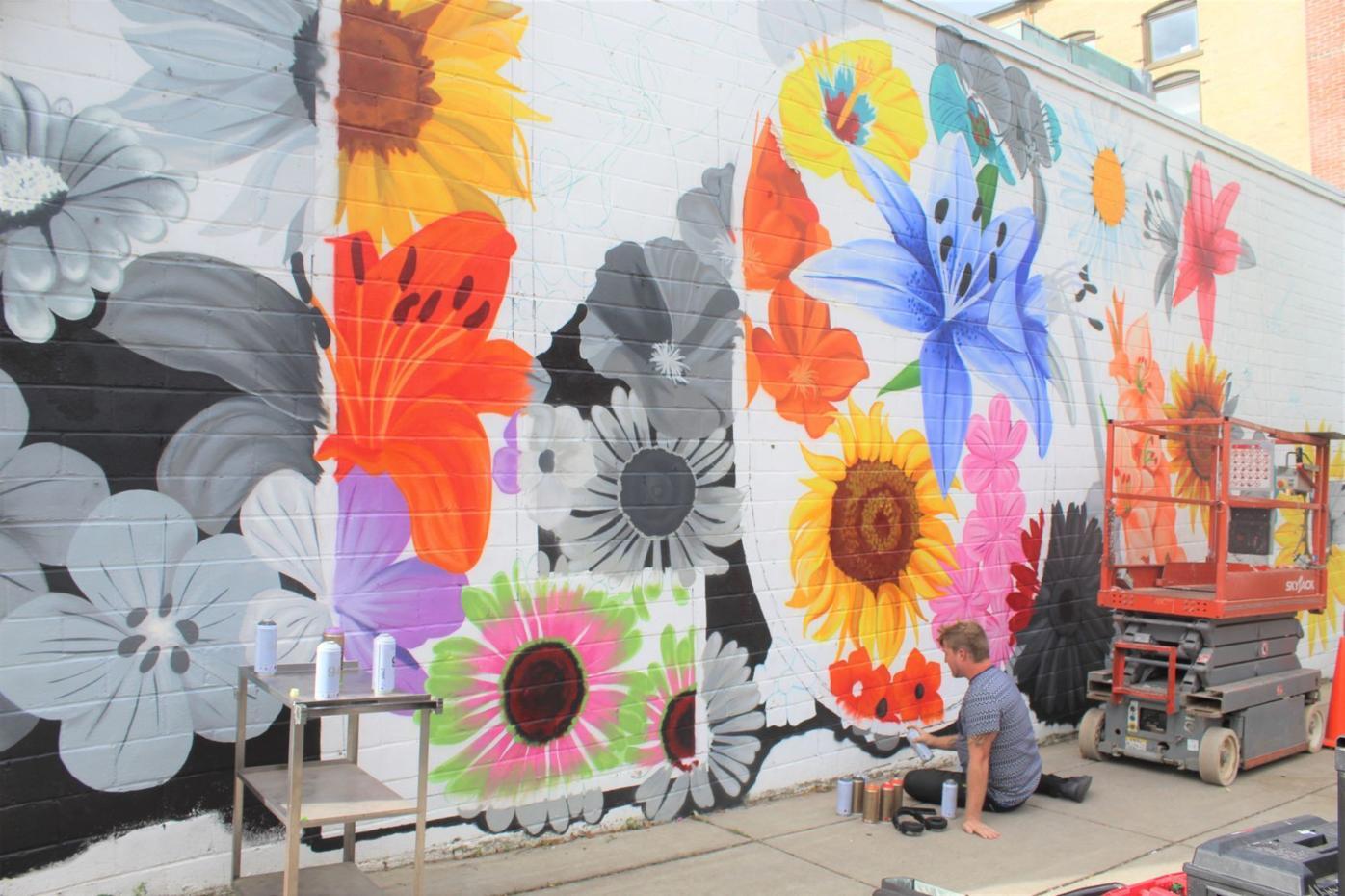 200909 mural 4.JPG