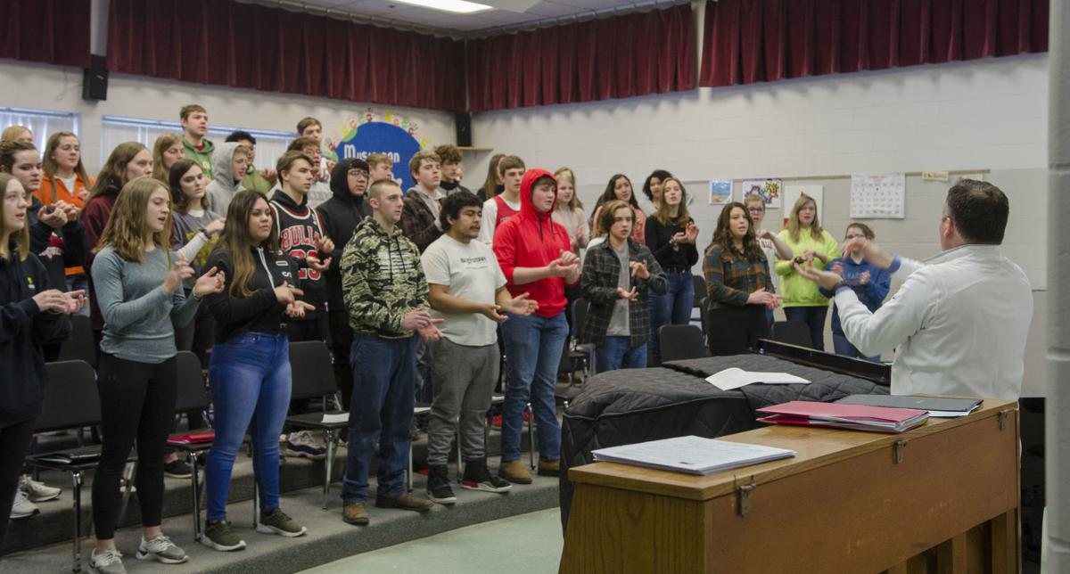 K-W choir students receive inspiration from Luther College music instructor