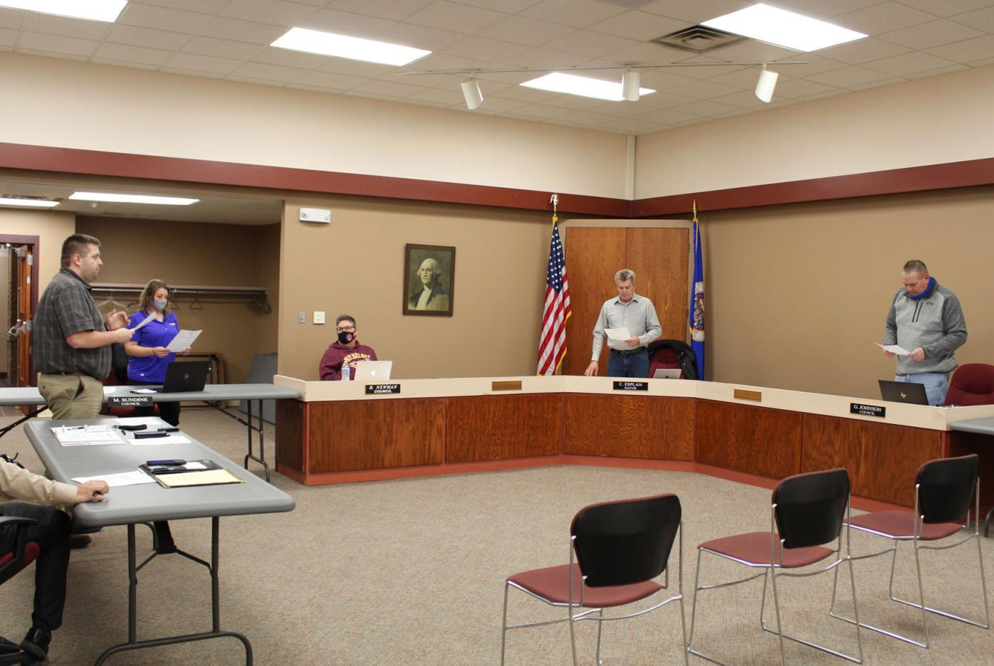 Blooming Prairie Council swears in Sundine and Johnson