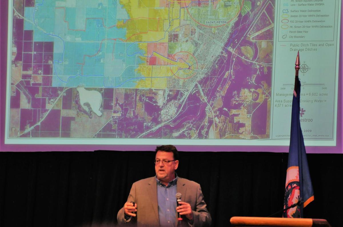 Water quality concerns draw Gov. Dayton, crowd to forum