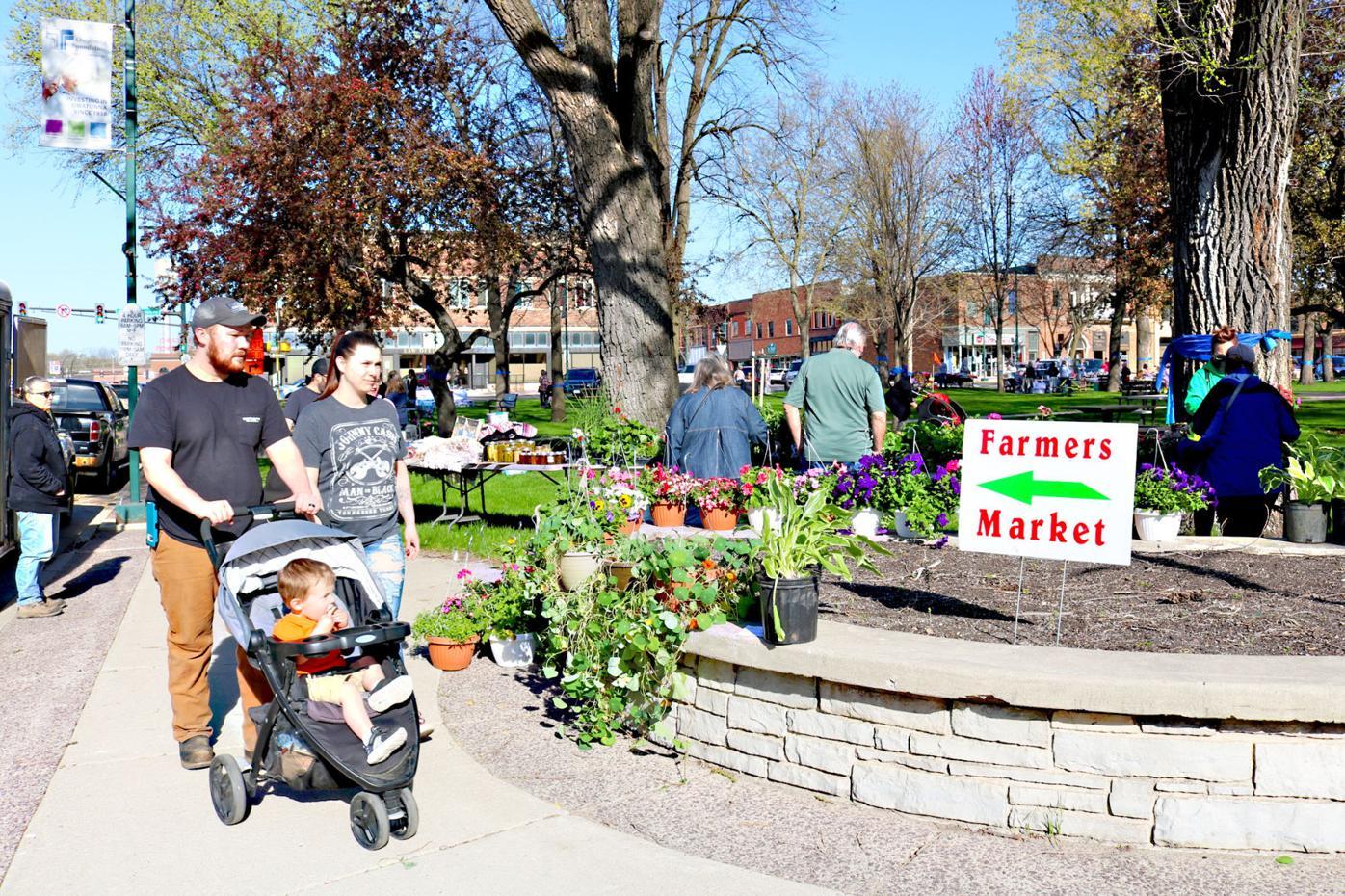Owatonna Farmers Market 2021