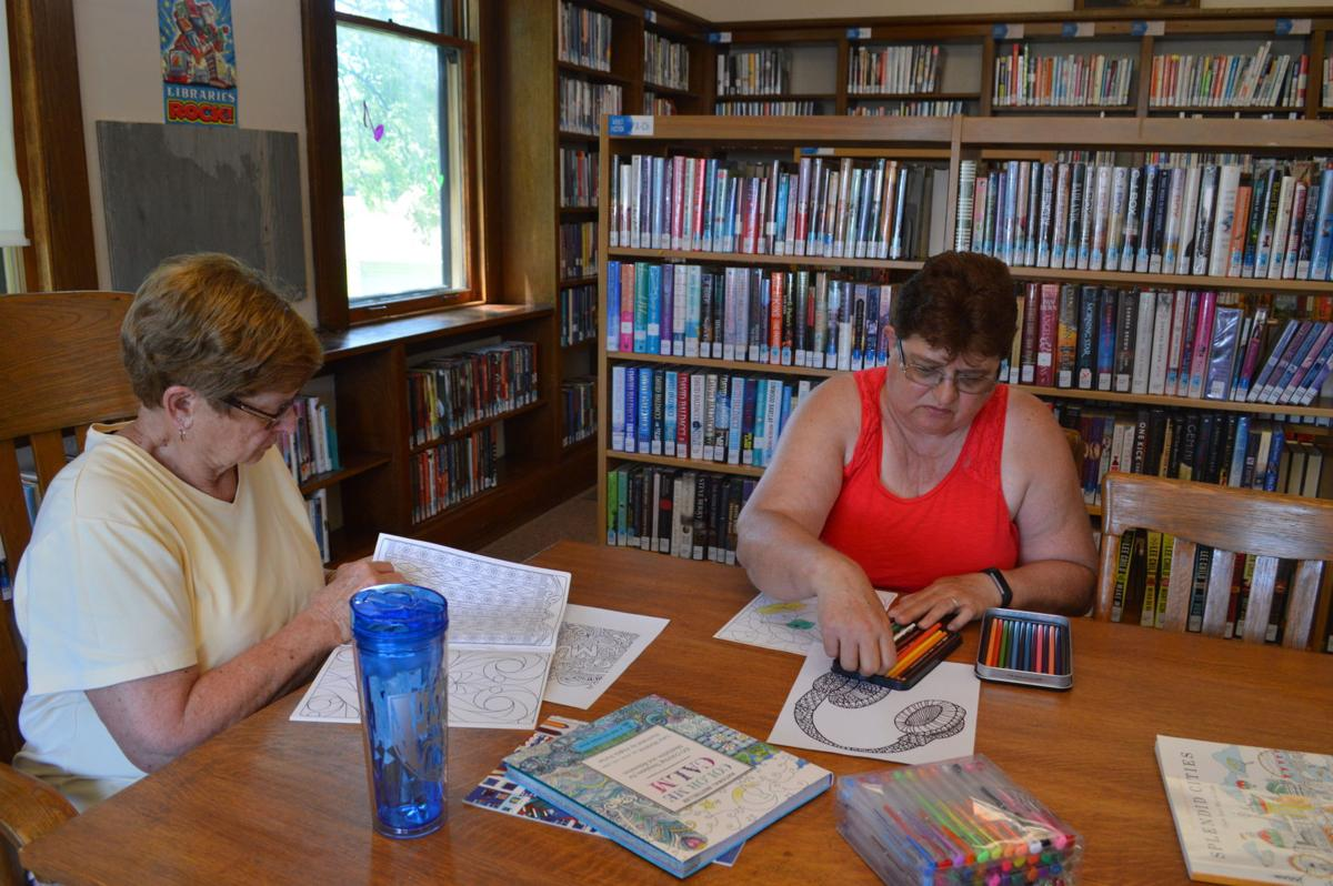 Janesville Public Library holds zen coloring event | News