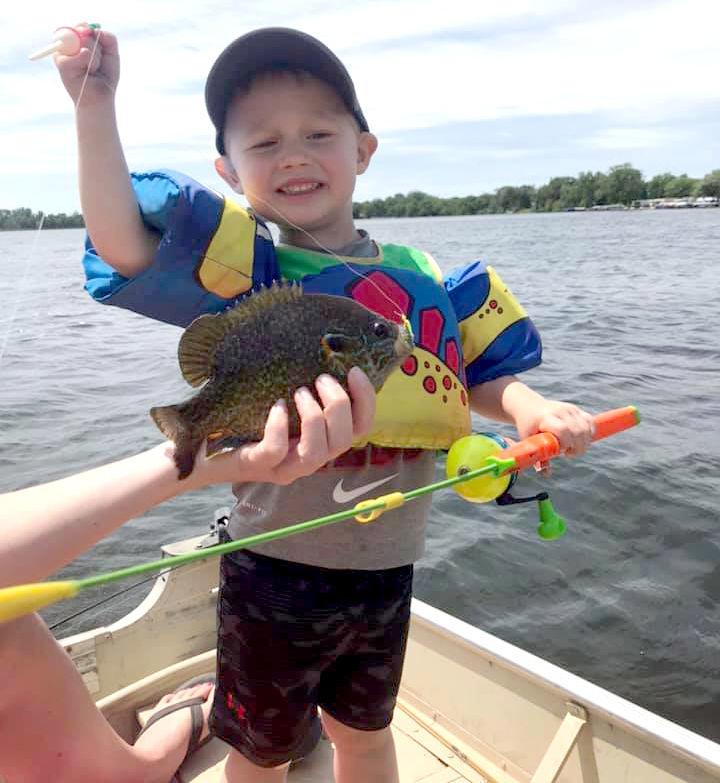 Fish Hunter Cram age 2, Sunfish, German Lake