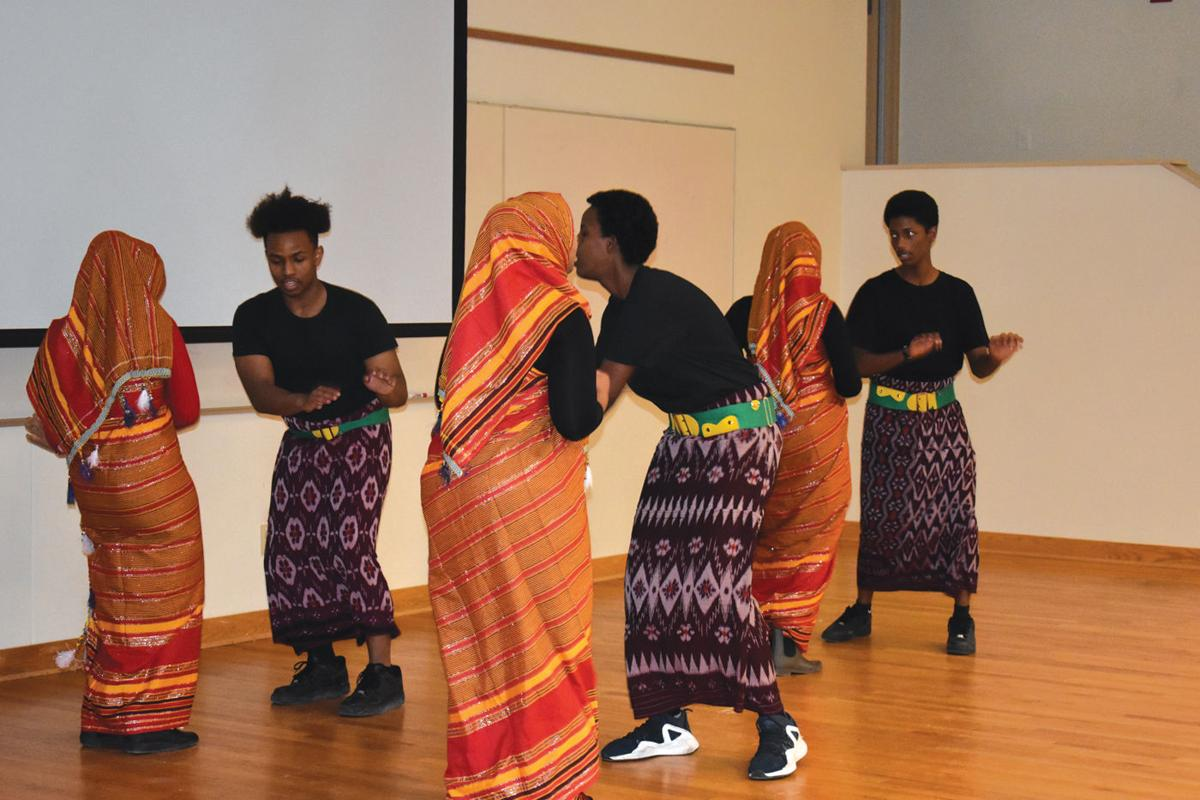 Dancing, food, and fashion enliven Somali culture night at OHS
