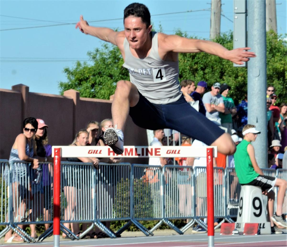 Jade Reicks 300 hurdles (2).jpg
