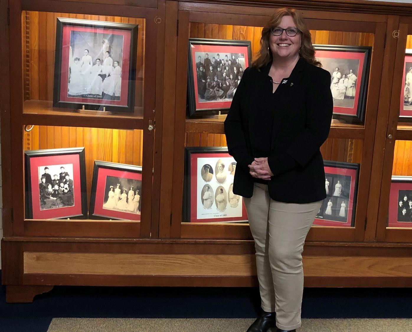 Mindy Reeder early BA graduating classes
