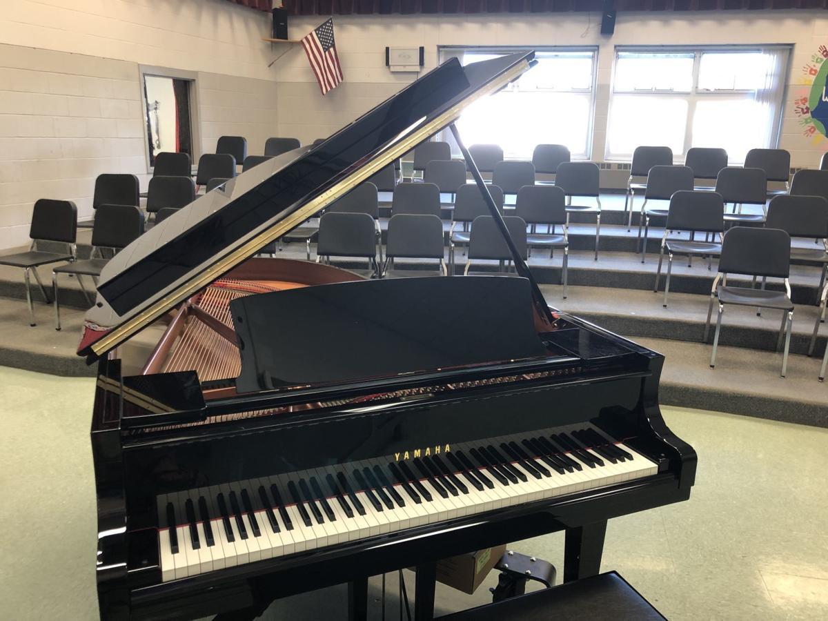 kvhm new piano 2.JPG