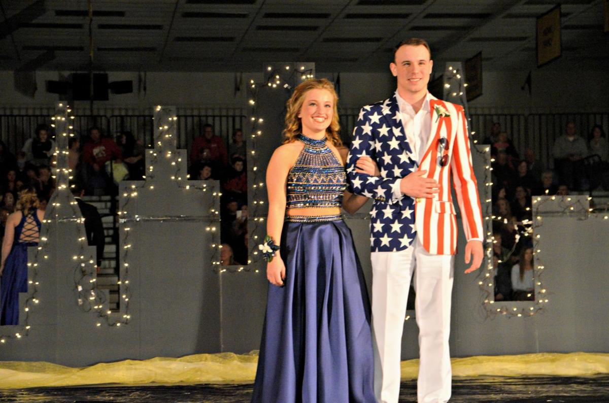 GALLERY Waseca promgoers treated like Hollywood royalty News