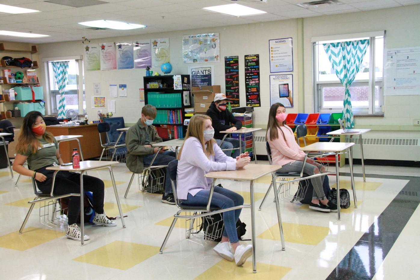 LS-H social distancing classroom
