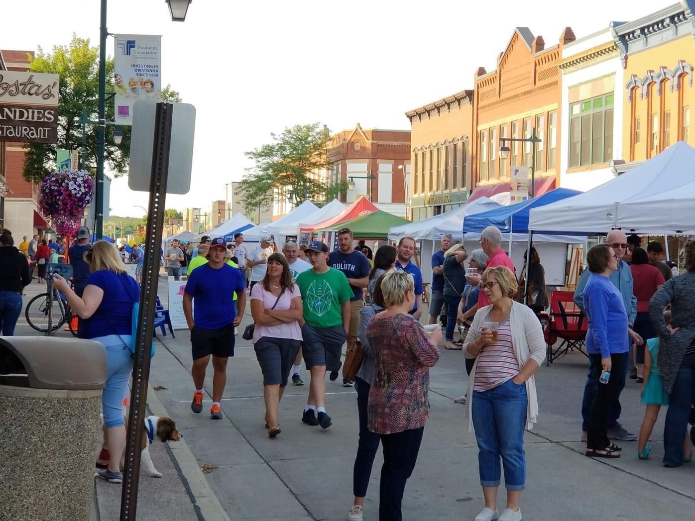 Scene 1st Thursday Downtown.jpg