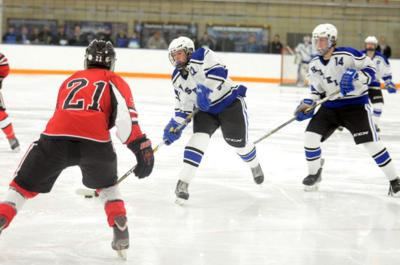Huskies hold on: Wencl lifts Owatonna boys hockey over