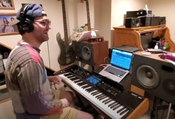 keyboardist.JPG
