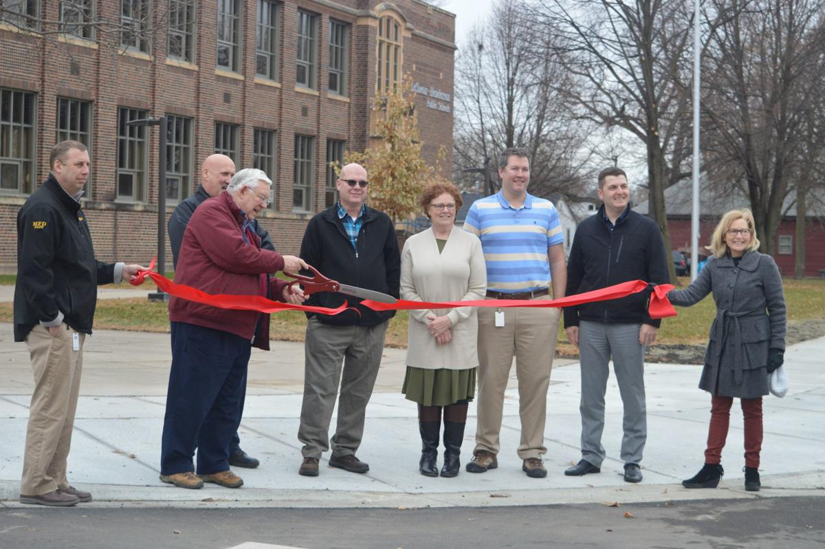 Le Sueur joined by county and school district to celebrate completion of sidewalk project