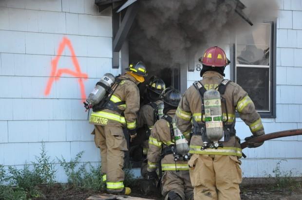 Le Sueur fire fighters