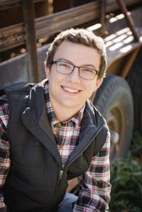 Zachary Finholdt