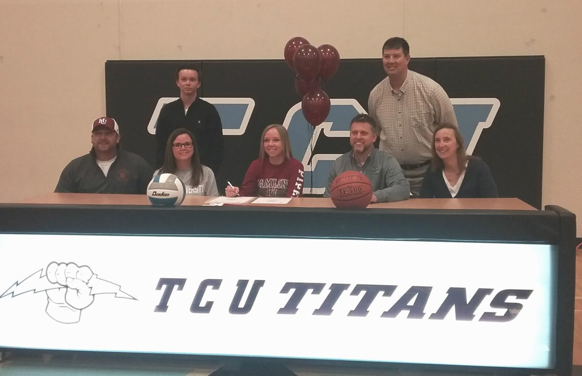 Robinson signs on to play volleyball, basketball at Hamline