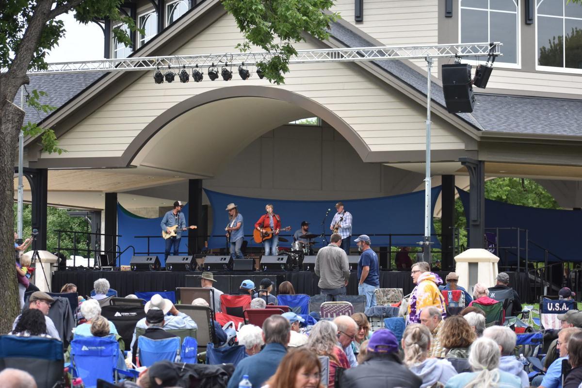 Rock Bend Folk Festival 1