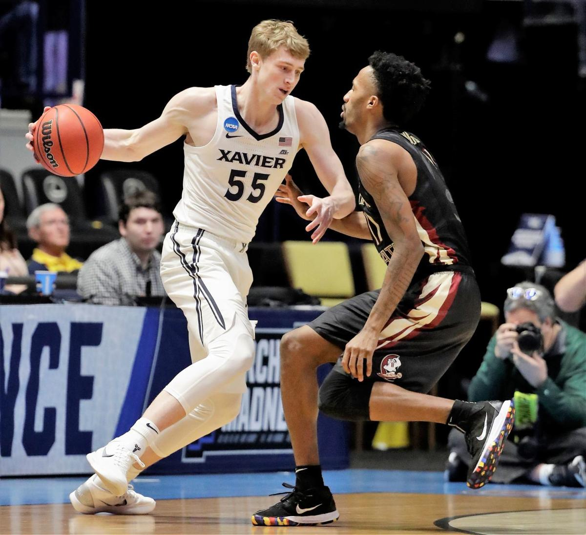 b93a0032b09 Lakeville s JP Macura signs with Charlotte Hornets