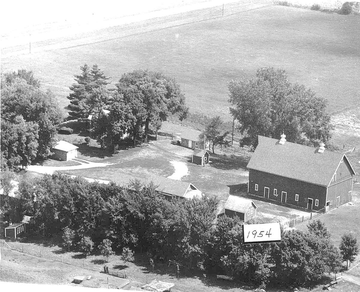 Wenzel Family Farm 1954