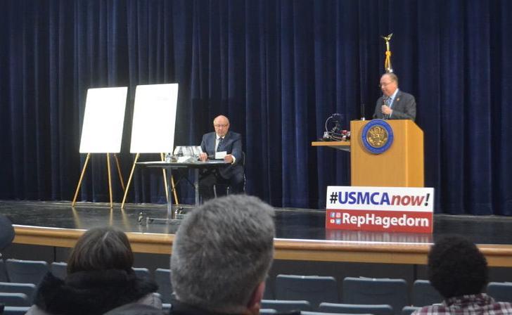 Congressman Jim Hagedorn hosts town hall in Waseca