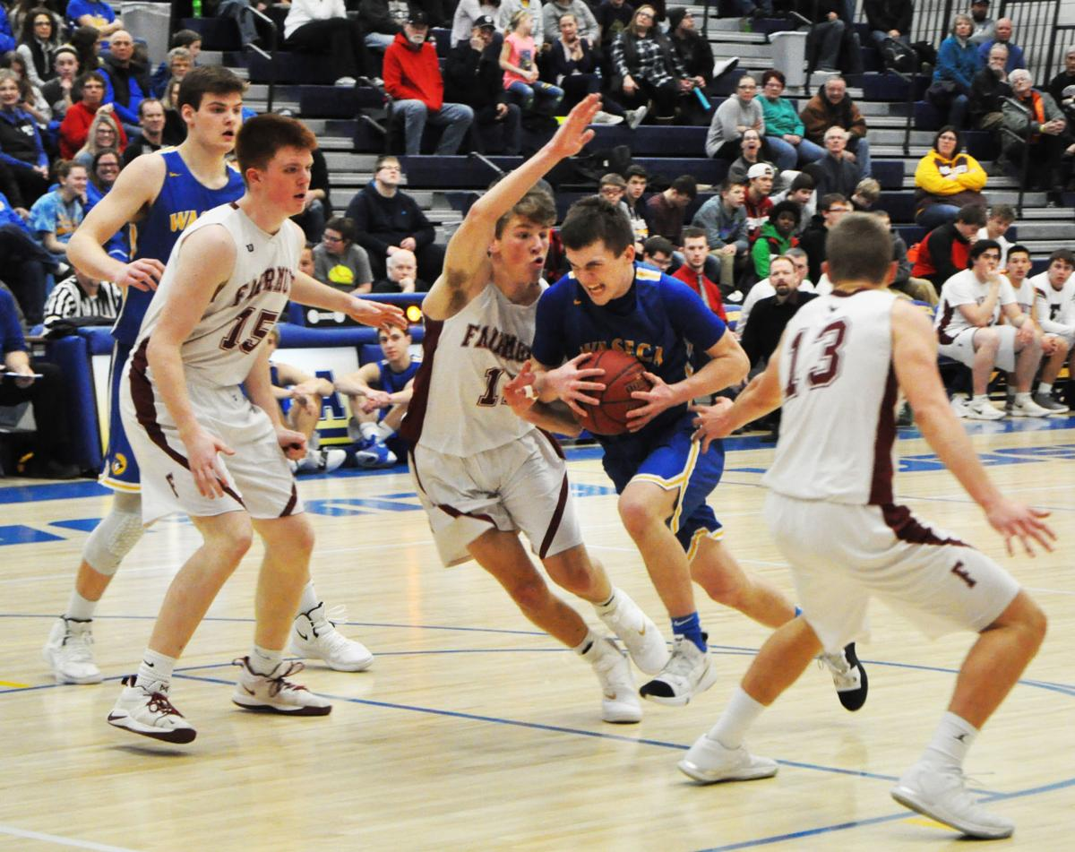 Jays stay perfect with win over visiting Cardinals