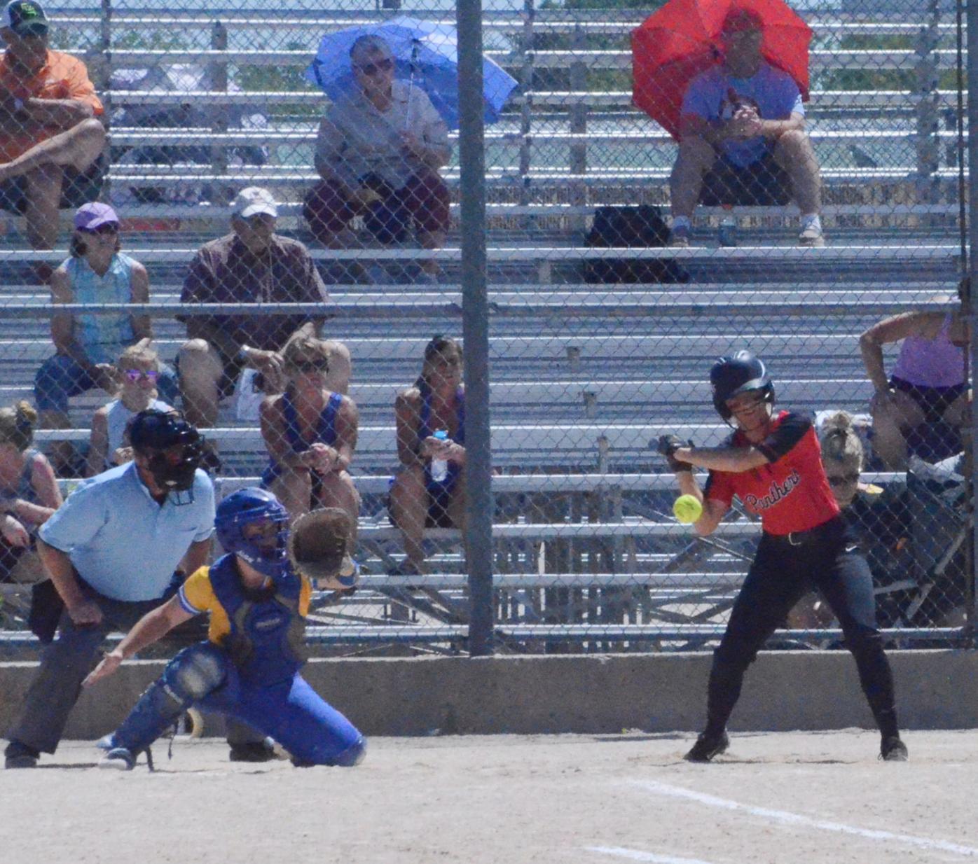 nrheg softball 2.jpg