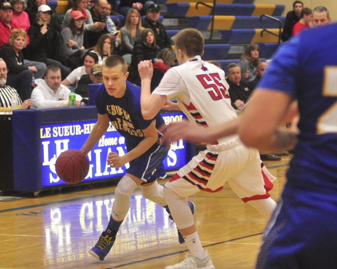 Giants fall in senior night game against Mayer Lutheran