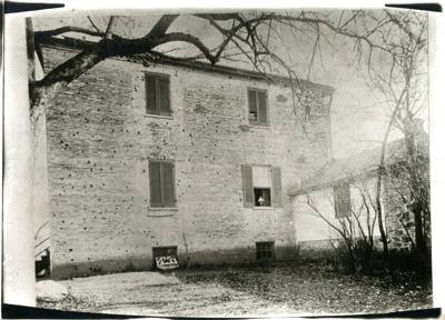 IMG047001 Packett House c 1900 west wall.jpg