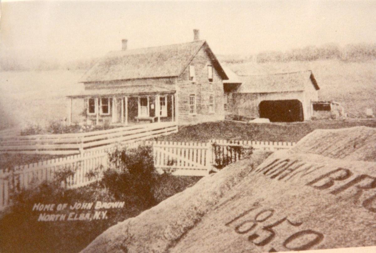 IMG191001 Brown house N Elba.jpg