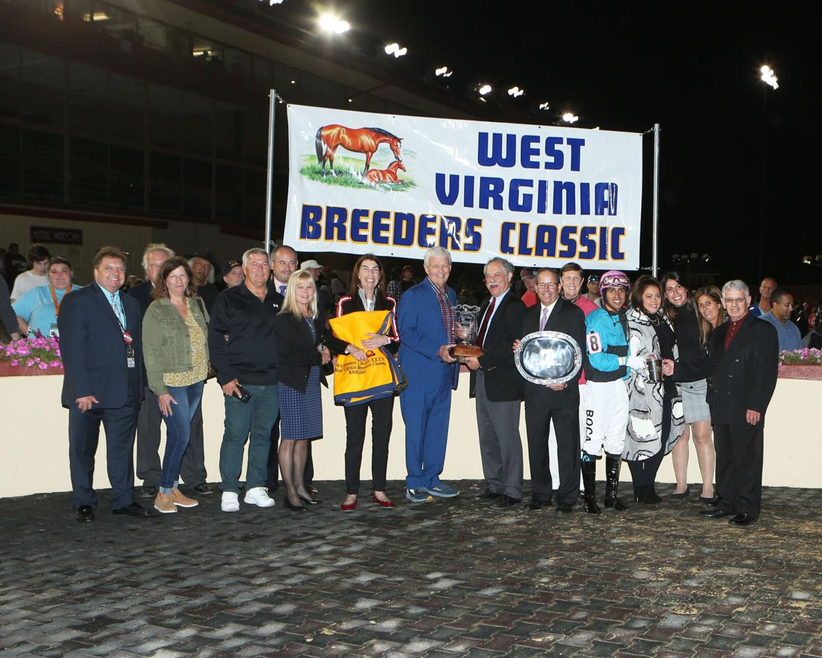 MUAD'DIB - West Virginia Breeders'  Classic - 10-09-21 - R08 - CT -  Presentation 01.jpg