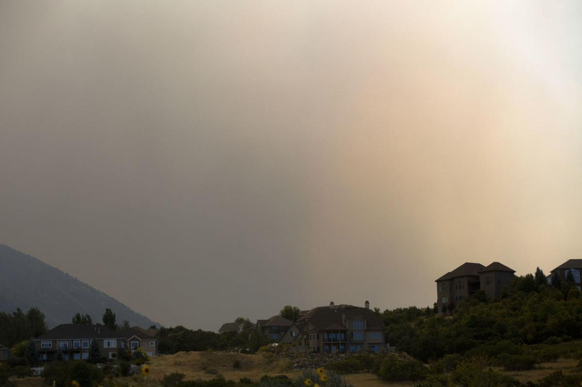 Evacuations start in Utah County after Pole Creek fire doubles in size 01