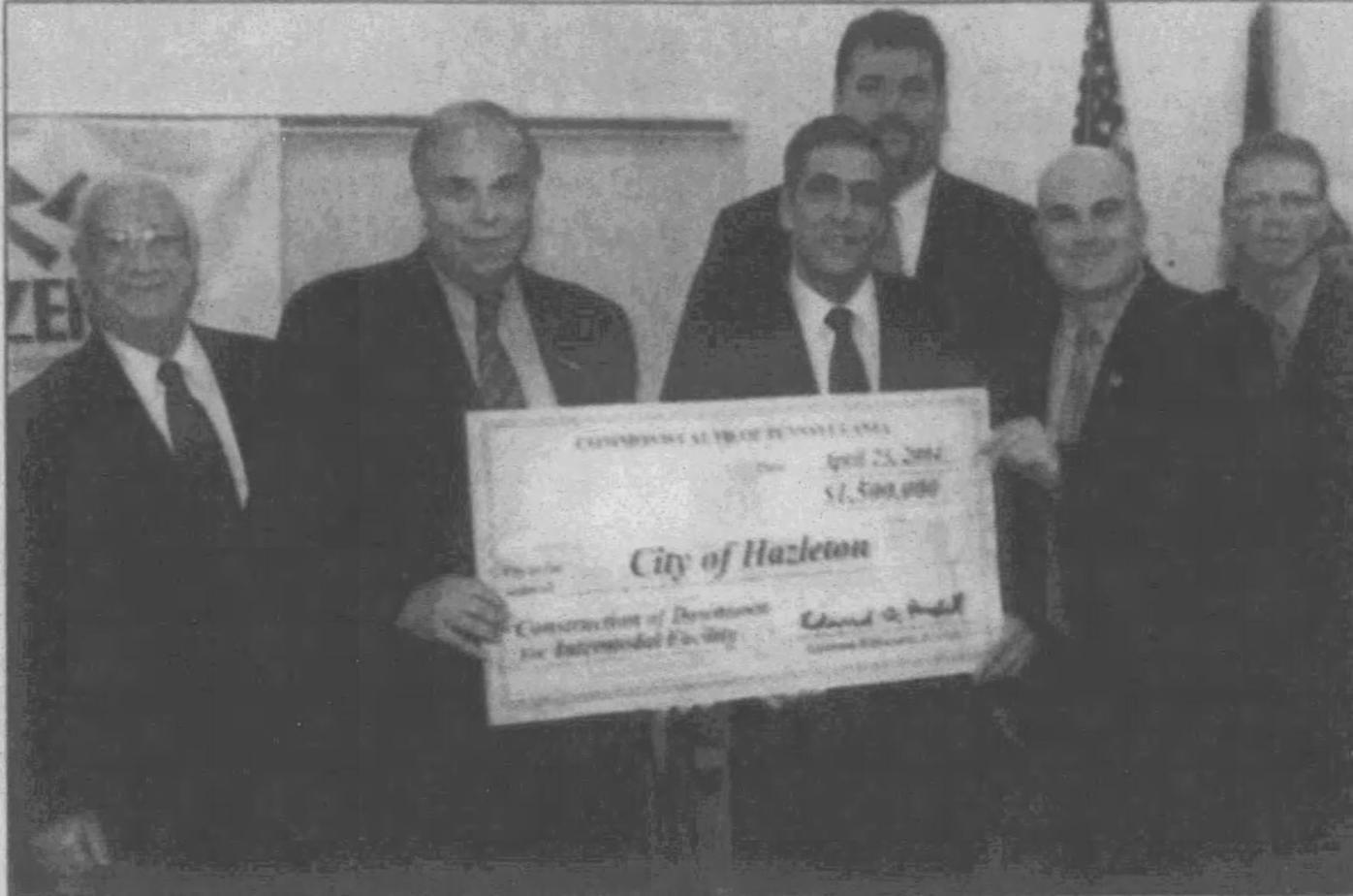 Governor visited LCCC Hazleton in 2004