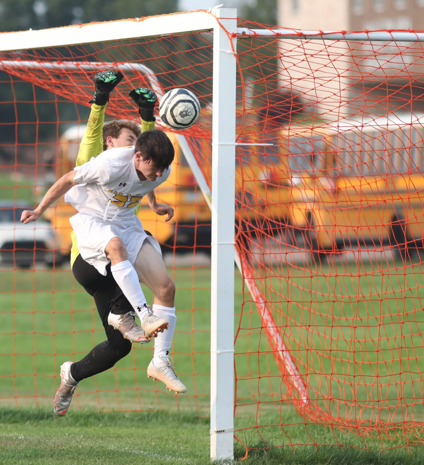 LOCAL ROUNDUP: Cougars rally past Valley West