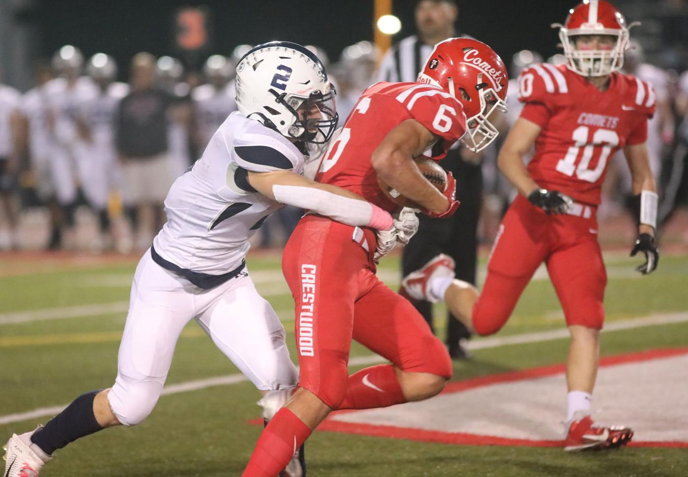 HS FOOTBALL: Cougars, Comets rout Lackawanna foes