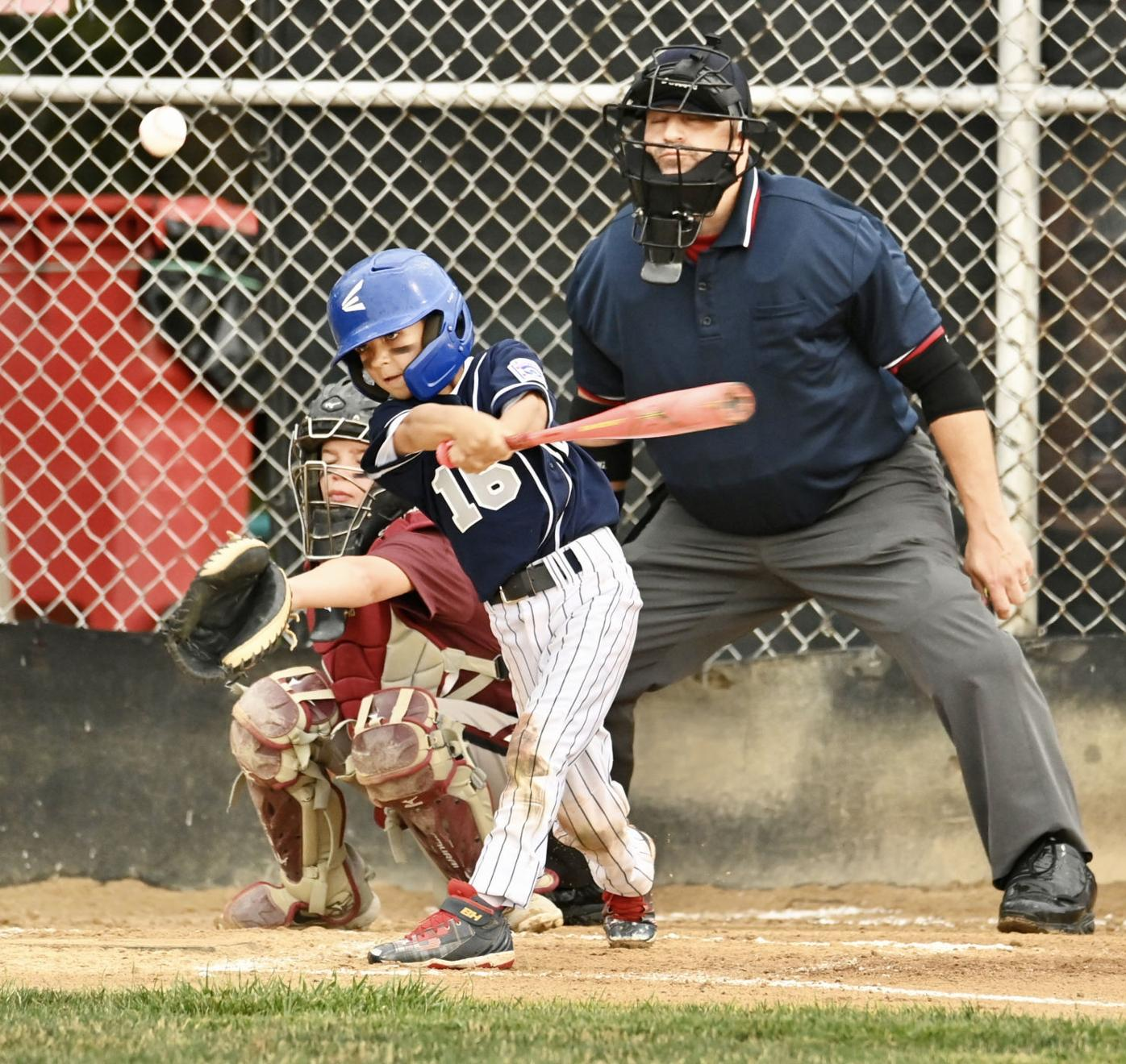 Franklin Township holds off Valley West for District 18 8-10 Little League title