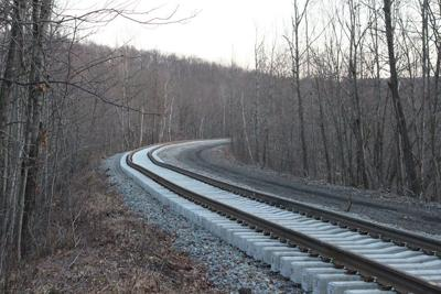 State offers new rail plan but no money for NYC passenger train
