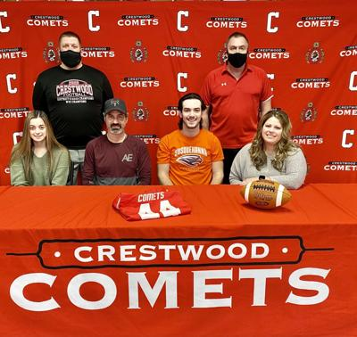 Comets' Arnold signs with Susquehanna University