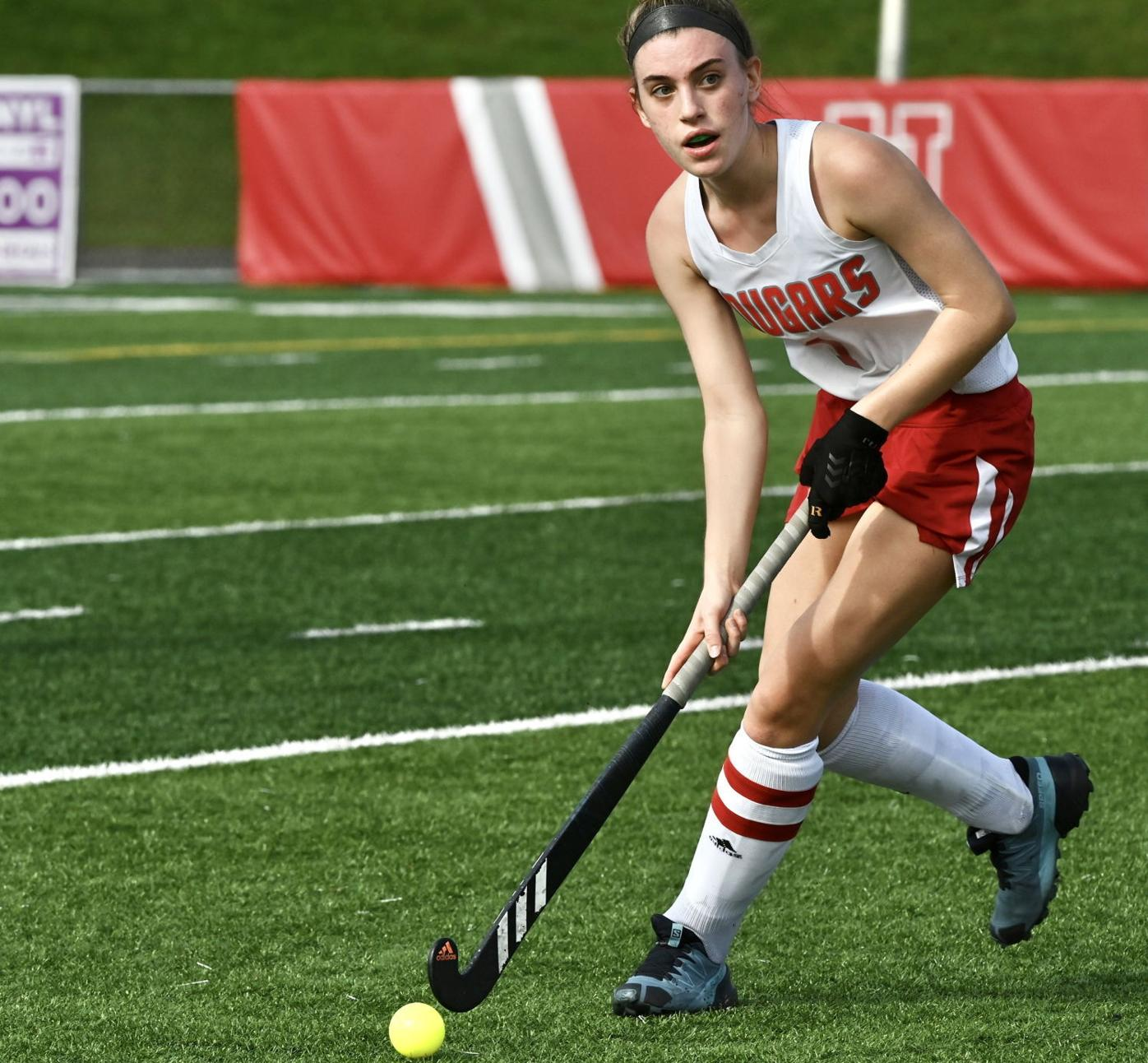 LOCAL ROUNDUP: Lady Cougars win in field hockey, soccer