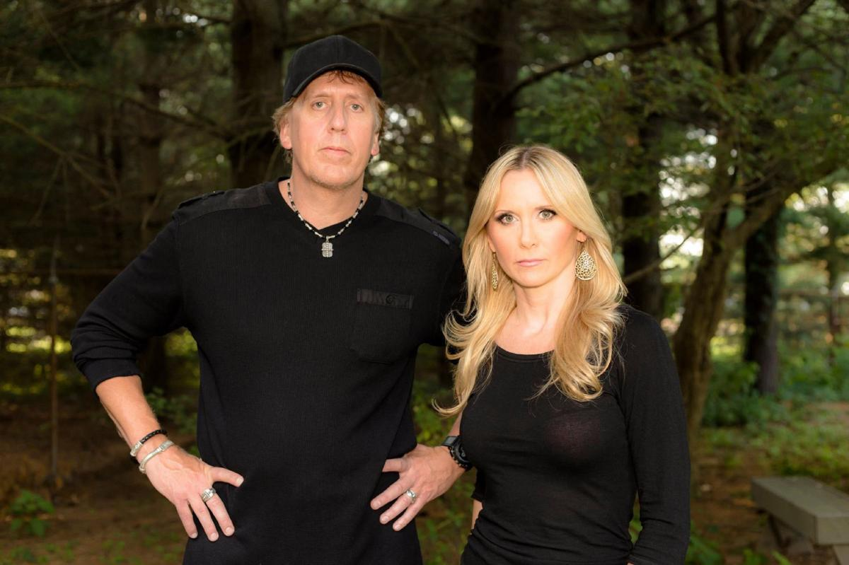 fact or faked paranormal files cast