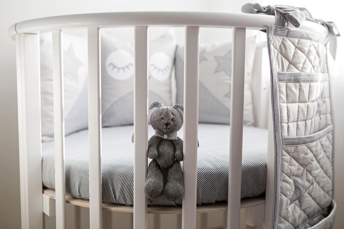 children's round white bed