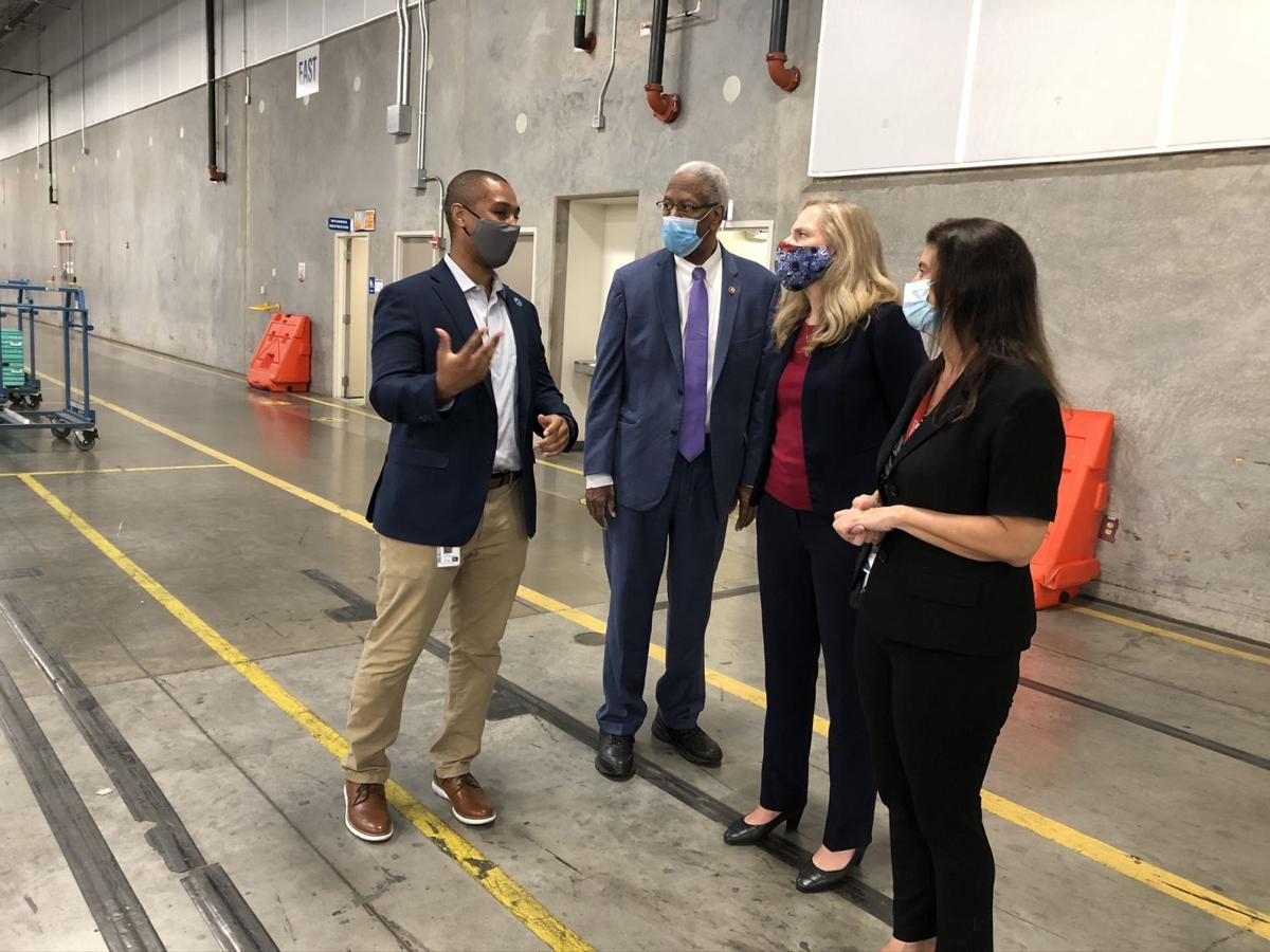 Spanberger, McEachin visit postal facility