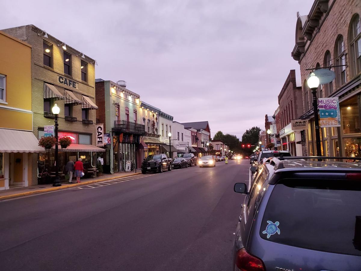 Culpeper at dusk prettiest small town Virginia