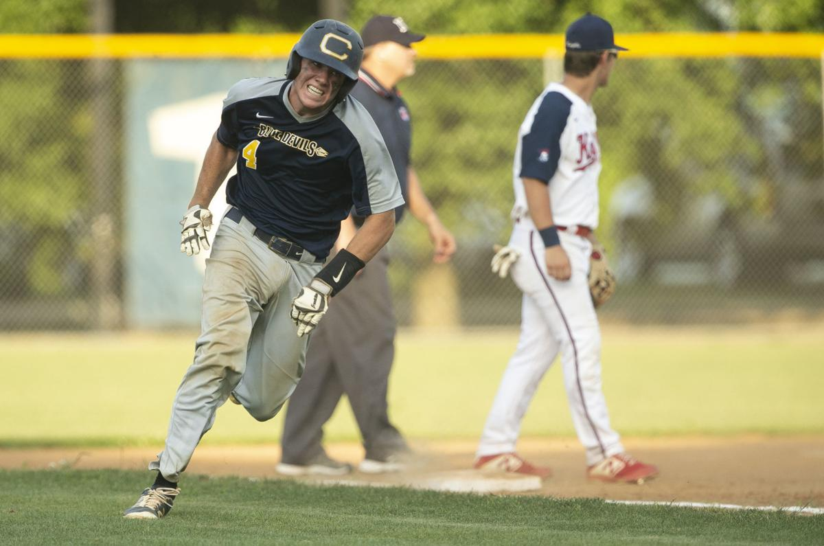 Blue Devils use timely hits to upset defending state