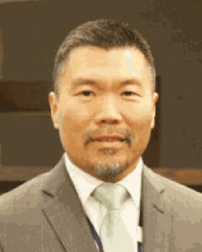 Dr. Ron Chi