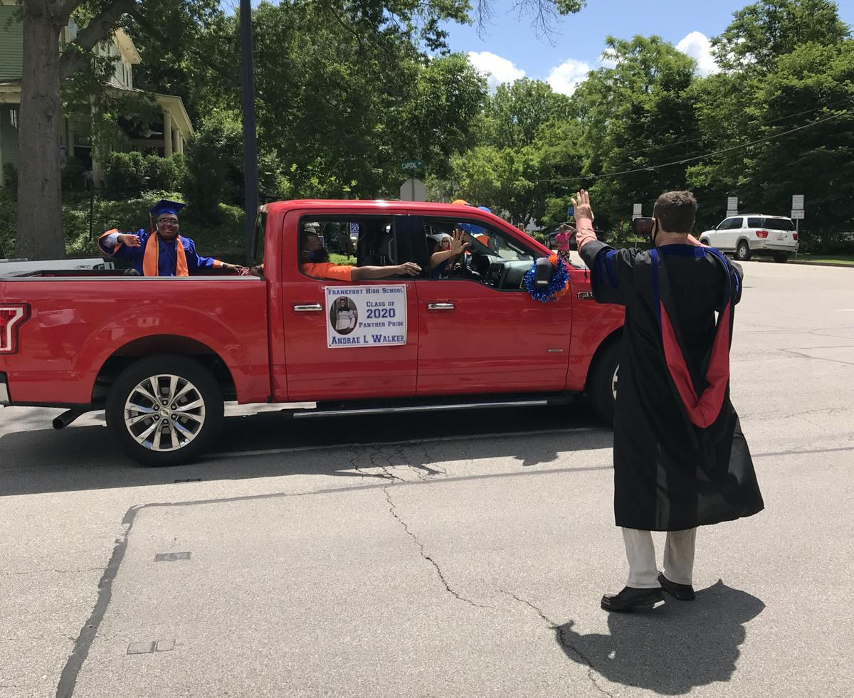 Frankfort High seniors have their day with a parade