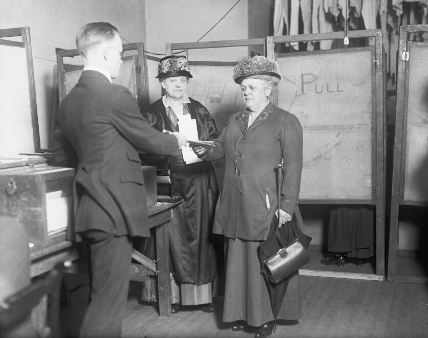 103020_WomenVote01_submitted.jpg
