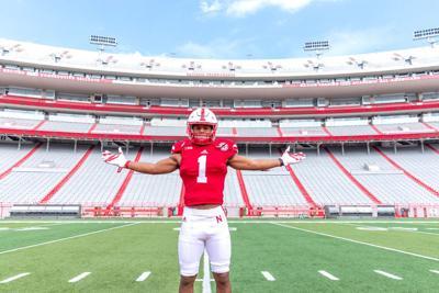 Football: Robinson flips commitment from Kentucky to Nebraska